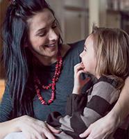 maman et fille lesbienne amusant prono gratis