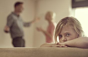 « Papa, maman, arrêtez de vous chicaner! »
