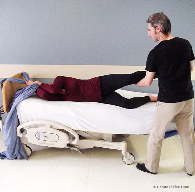 accouchement des positions qui soulagent. Black Bedroom Furniture Sets. Home Design Ideas