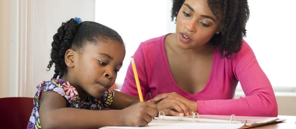 Leçons et devoirs: accompagner son enfant