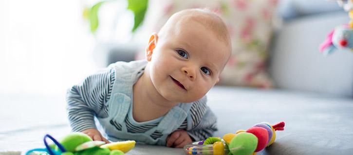 Apprentissage Et Jeux Enfant Et Bebe De 0 A 12 Mois Naitre Et Grandir