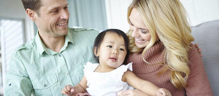 adoption internationale d veloppement et attachement de l 39 enfant adopt. Black Bedroom Furniture Sets. Home Design Ideas