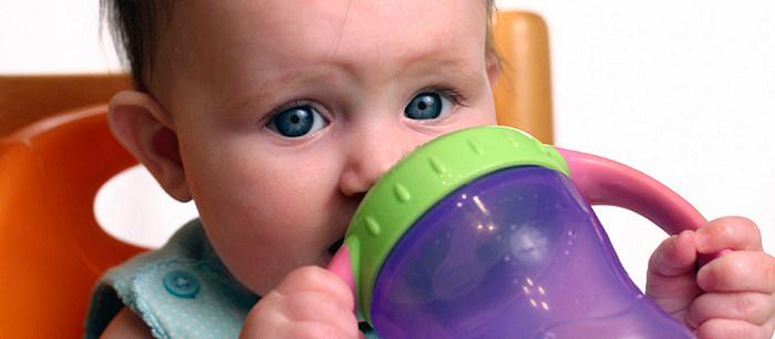 biberon d'eau bebe allaite