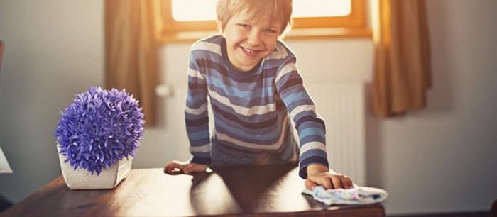 quelles t ches m nag res confier un enfant. Black Bedroom Furniture Sets. Home Design Ideas