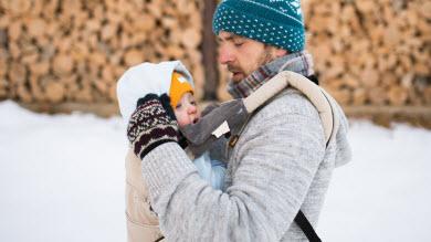 Utiliser un porte-bébé l'hiver: réponses
