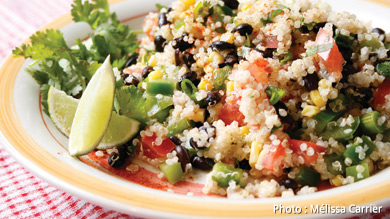Salade de quinoa et de haricots noirs