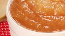 Compote de pommes rosée
